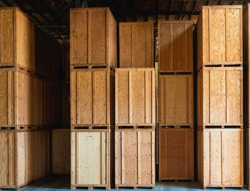 So, you need storage, but what type of storage is better for you? Self-storage or Containerised Storage?
